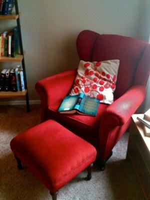 R1_reading-chair