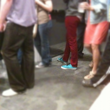 R18red-blue-shoes