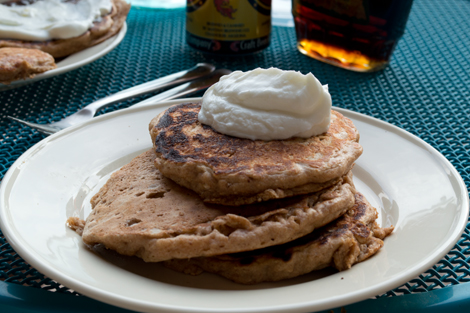Proteiny Pancakes | www.risingshining.com