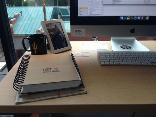 Office job survival kit | RISING*SHINING