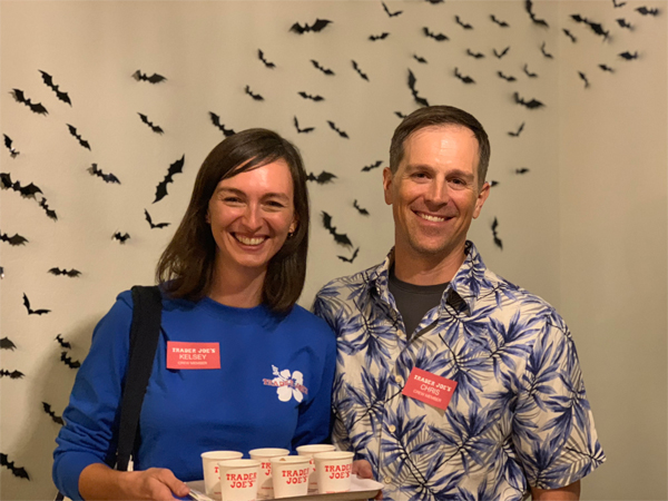 Trader Joe's employee Halloween costume | RISING*SHINING