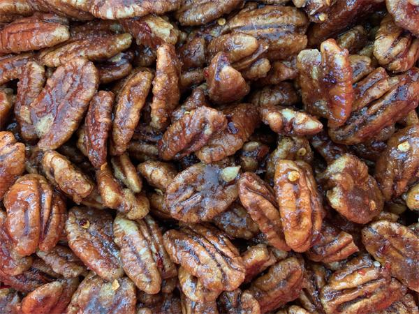 Irresistible Spicy-Sweet Pecans | RISING*SHINING